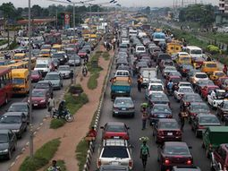 How to survive Nigerian roads? - Learn these driving etiquette in Nigeria!