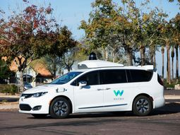 Developments of the first full self-driving car - Waymo