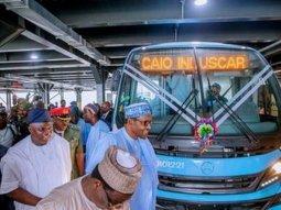 Presidential visit: Buhari commissions new 820 medium/high capacity transport buses in Lagos (Photos)