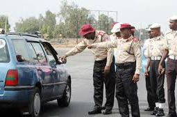 Man narrates hilarious encounter with police over vehicle particulars