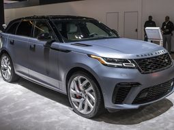 Latest teaser about 2020 Range Rover and its 12 different trims!