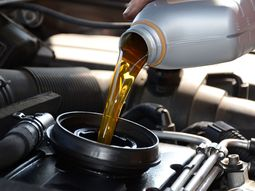Engine consumes more oil than usual: how to troubleshoot the problem?