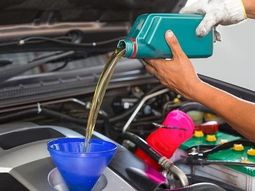 Motul Oil trains Lagos customers on difference between natural and synthetic oil