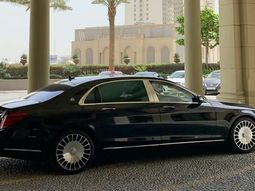 Watch video of Ray Hushpuppi showing his brand new Mercedes Maybach S650!