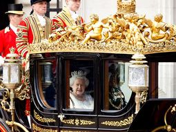 Queen Elizabeth II and the royal family cars