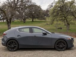 What's new in the latest Mazda 3 2019?