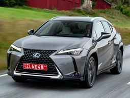 Lexus UX 250h 2019 price & features - Refined and comfortable urban runabout