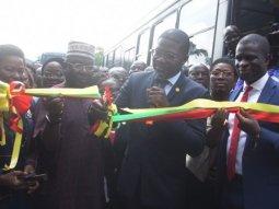 Transportation in Lagos: Sanwo-Olu presents over 35 buses to civil servants