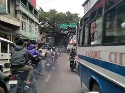 Traffic discipline in Aizawl India will make your jaw dropped!