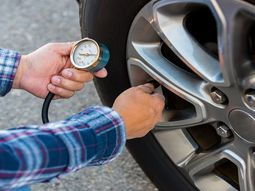 3 simple steps to take air out of car tyre
