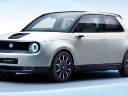 """31,000 customers in line for the upcoming Honda electric car """"Honda e"""""""