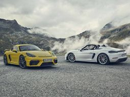 2020 Porsche 718 Cayman GT4 released along 2020 Porsche 718 Spyder