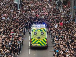 Can this happen in Nigeria? 2m Hong Kong protesters step aside for Ambulance to pass