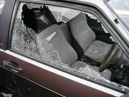 Tips for replacing a broken car window