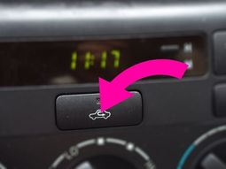 When should you use air recirculation button in your car?