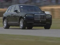 Rolls-Royce Cullinan revving up to top speed at 2019 Goodwood Festival of Speed