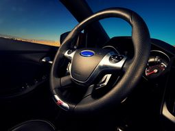 Why car steering wheels are circle in shape?