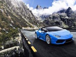 This Hurana Liberty Walk tuned Lamborghini supercar looks bonkers!