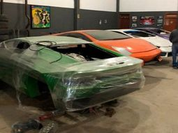 Police shut down the largest workshop making fake Lamborghini and Ferrari Supercars in Brazil