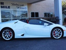 A Lamborghini put up for sale in Hyundai dealership, see its story!