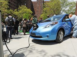10 US cities that help electric car owners save most money