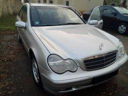 Mercedes-Benz C200 price in Nigeria & car buying guide