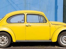 Volkswagen & eClassic partnered to convert Beetle into an electric car, guess its prices?