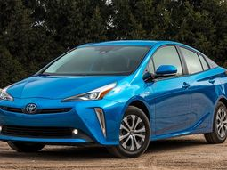 2020 Toyota Prius comes with 11.6-inch Touchscreen, priced from N9 million