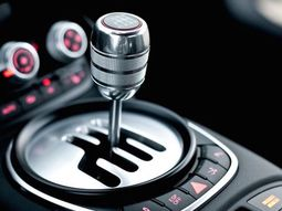Manual transmission lifespan: How long does it last?
