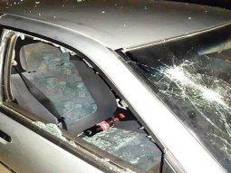Drunken policeman vandalizes manager's car for blaring horn then arrested him