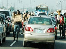 Traffic robbers attack driver twice in a week along Kara bridge, Lagos