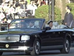 The one-off Toyota Century Convertible finally unveiled to public, carrying Emperor of Japan