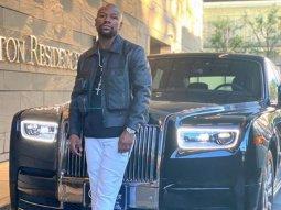Floyd Mayweather shows off his Rolls-Royce Phantom worth ₦217 million