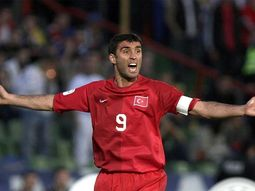 Turkish football highest goal scorer Sukur turns taxi driver in the U.S.