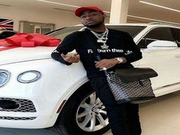 Davido excited to receive his Bentley Bentayga months after mechanic visit (video)