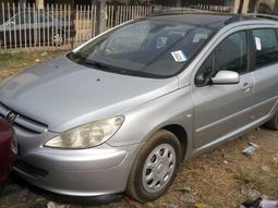 Foreign Used Peugeot 307 2005 Model Silver