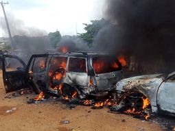 [Photos] 2 confirmed dead, property and cars destroyed in Moniya fire outbreak in Ibadan