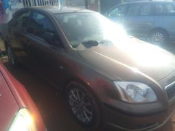 Very neat sharp Nigeria used first Toyota Avensis 2003 Model
