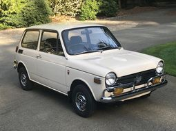 Back in the days: Japanese version of a the classic Mini - The Honda N600