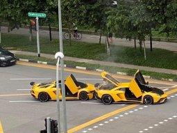 Double jeopardy! 2 identical Lamborghini Aventadors crash into each other!