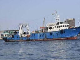 Crude piracy! Vessel with crew arrested in Niger Delta!