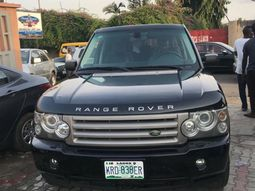 Land Rover Range Rover Sport 2009 ₦2,900,000 for sale