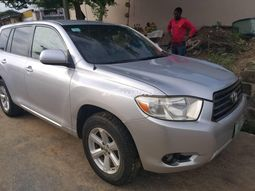 Sharp Nigeria Used 2008 Toyota Highlander Full Option