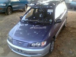 1999 Toyota picnic for sale