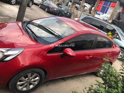 Neatly used and well maintained 2011 kia rio