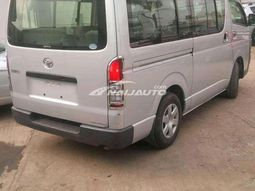 Toyota hiace buss for sales