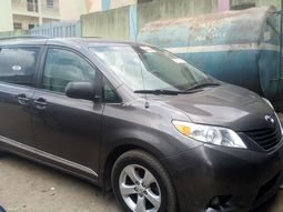 Foreign used Toyota  Sienna 2012  Model
