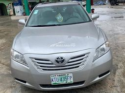Clean Nigeria Used 2008 Toyota Camry is available