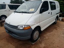 Foreign used 2002 Toyota panel bus