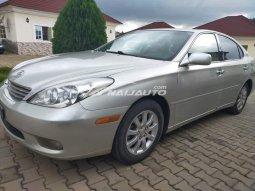 Clean Lexus ES330 2004 model forieng used